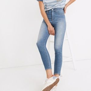 """Madewell 10"""" high rise skinny crop jeans welling"""